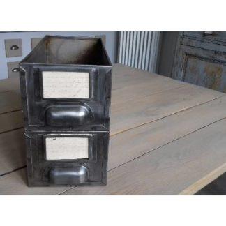 Ancienne caisse métal