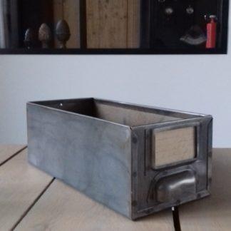 Caisse métal déco maison