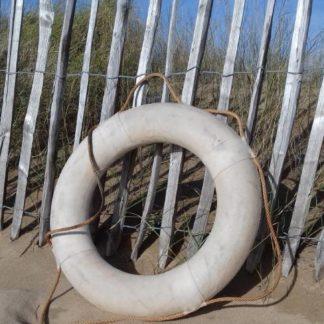Bouée en liège couleur sable à La Rochelle