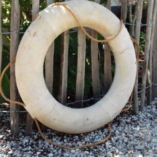 Ancienne bouée de sauvetage couleur sable DABSCS01